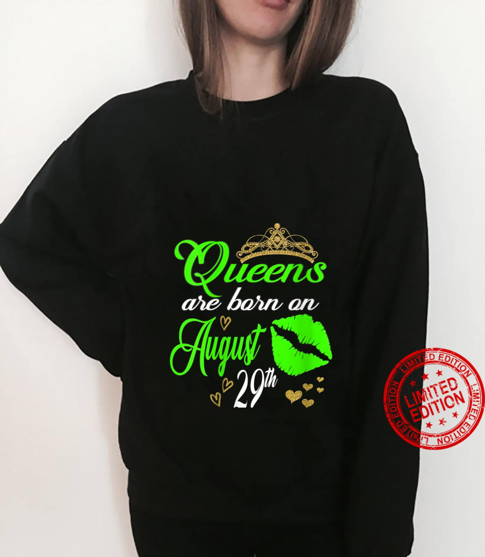 Womens Lip Print Queens are Born on August 29th Virgo Birthday Girl Shirt sweater